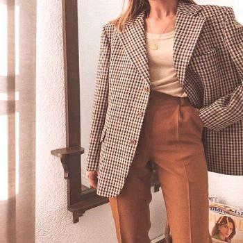 Outfit inspiration: burnt orange pants and plaid jacket. -  Outfit inspiration: burnt orange pants