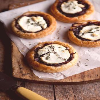 red wine caramelised onions & goats cheese tartlets -  red wine caramelised onions & goats cheese t