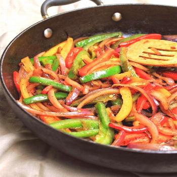 Sauteed Bell Peppers & Onions  Sauteed Bell Peppers & Onions – My Body My Kitchen The Effective P