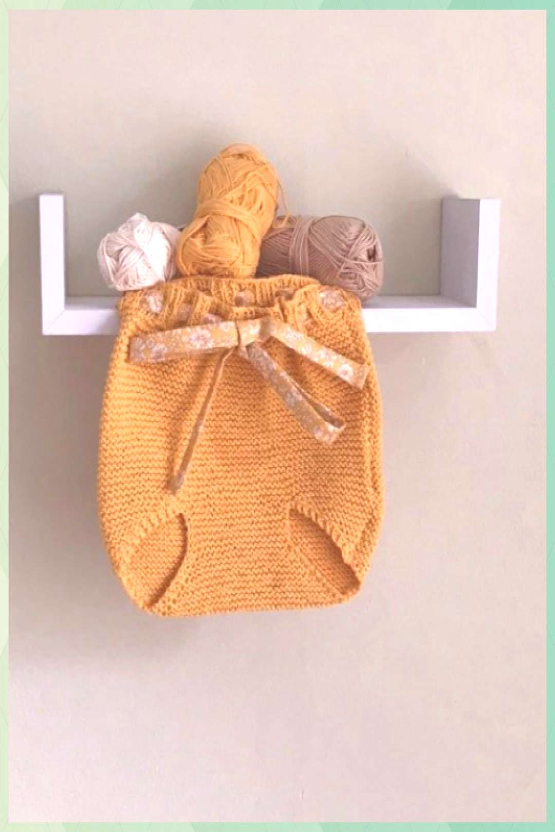 Cotton knit baby bloomers, cotton knit baby pants, knitted baby bloomers, knitted baby pants, liber