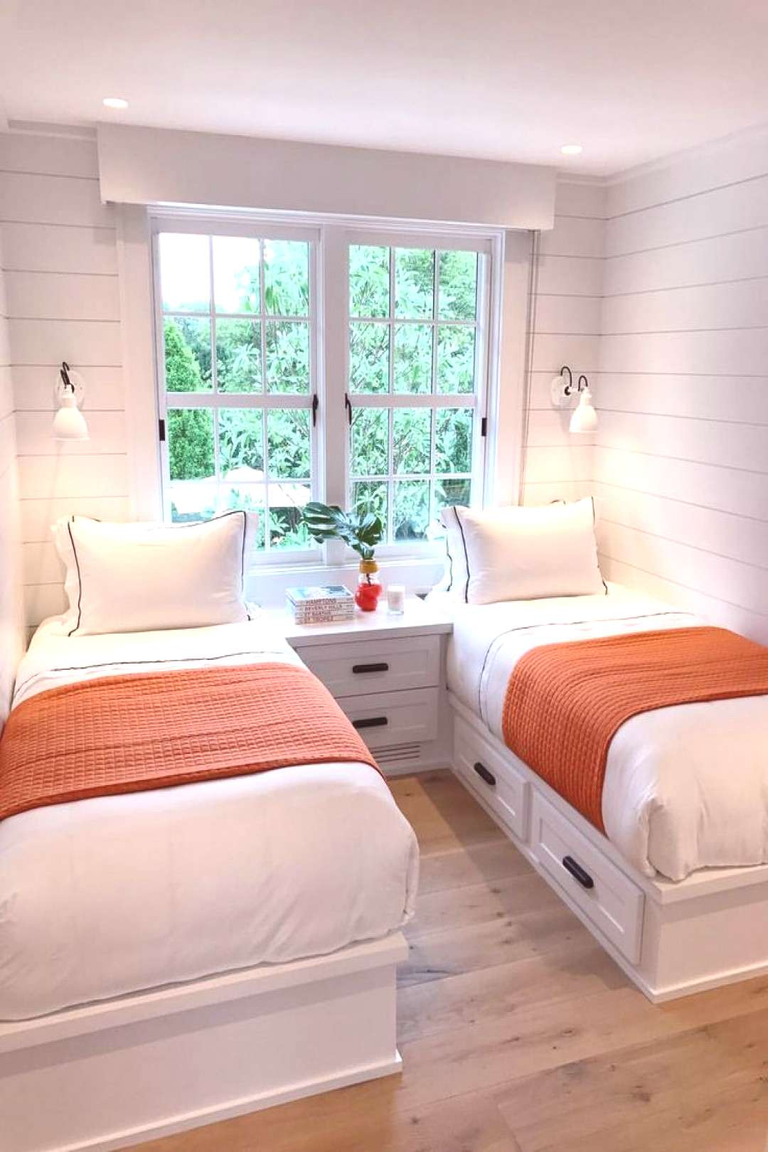 Cozy room. -Like bed linen. Blue striped bed skirt with orange blankets? ... Cozy room. -Like bed l